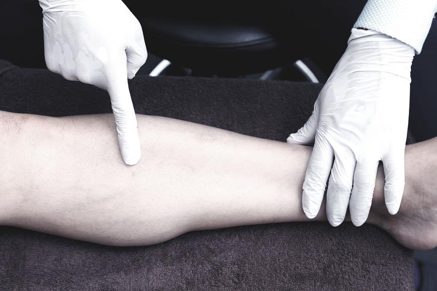 膝下(足) 2
